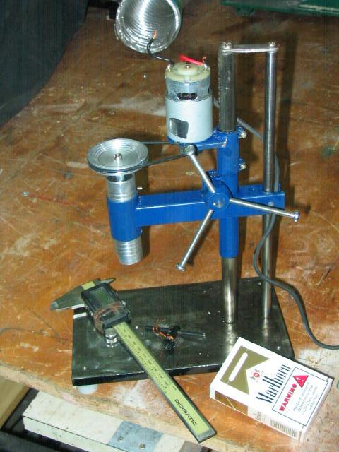 Как сделать самому вертикальный сверлильный станок