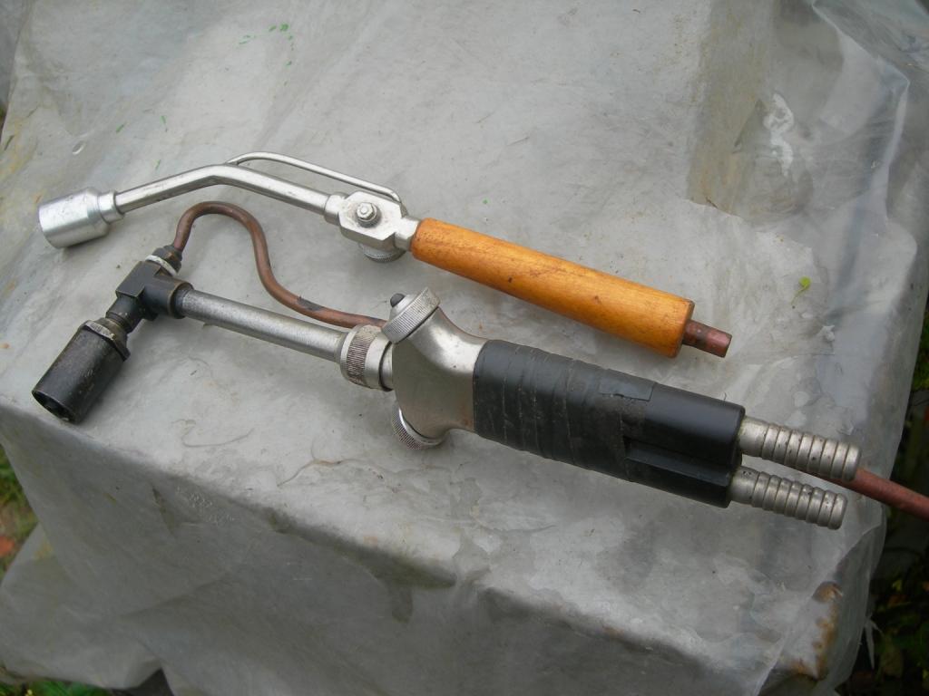 Бензиновая горелка для пайки