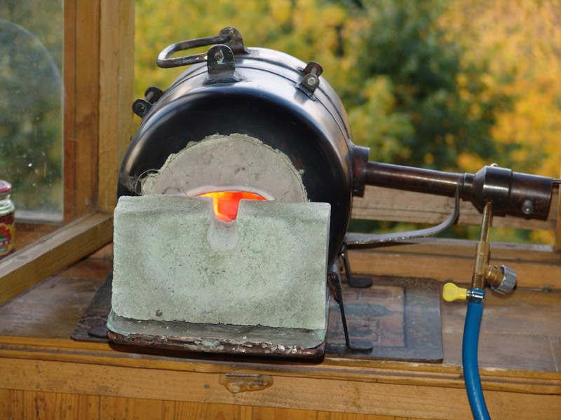 Печь на газовой горелке своими руками