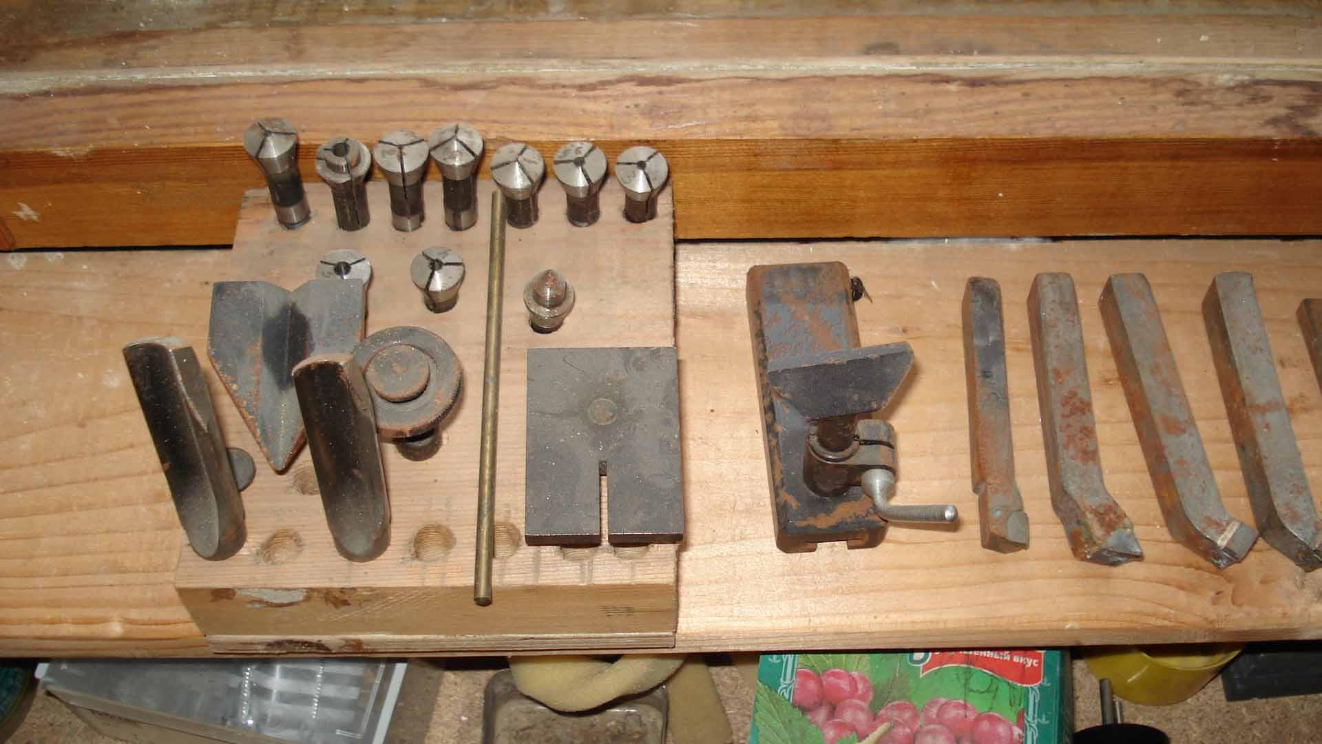Часовой токарный станок т-28