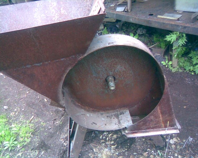 Зернодробилка вертикальная своими руками