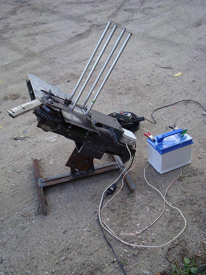 Машинка для стрельбы по тарелочкам своими руками