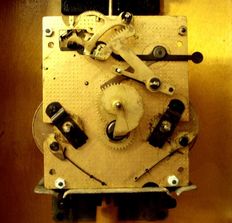 Ремонт своими руками настенных часов янтарь с боем 174