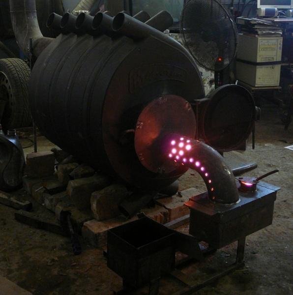 Печь на отработанном масле и на дровах своими руками