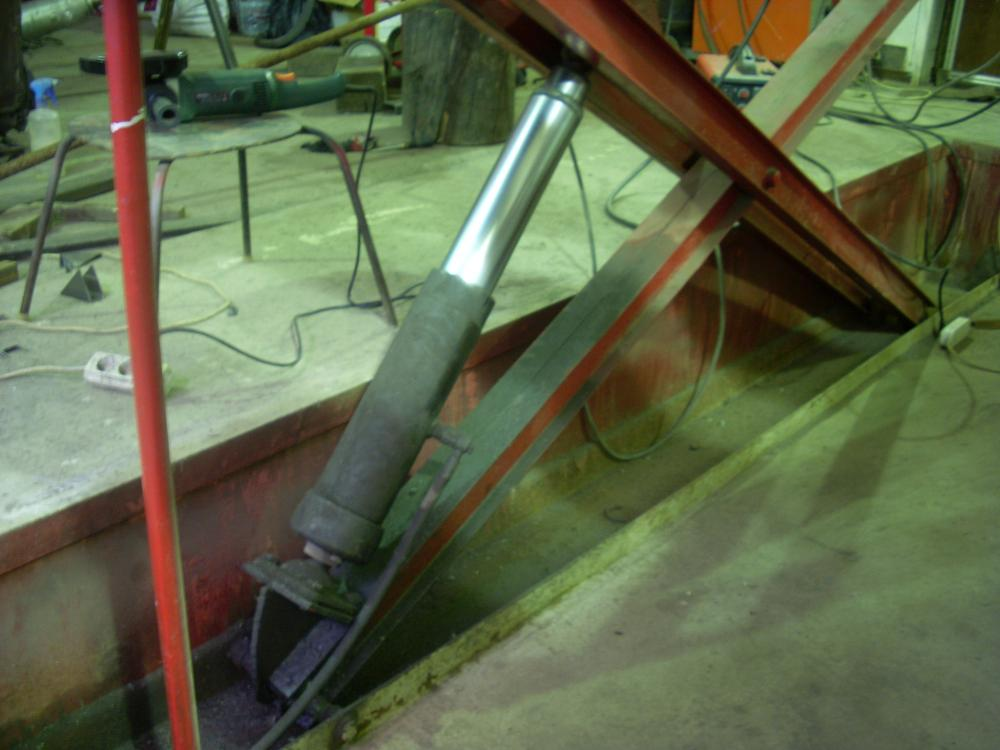 Подъёмник автомобильный для гаража своими руками