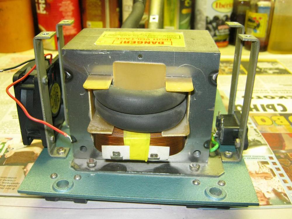 Сварочный аппарат точечной сварки своими руками из микроволновки 46