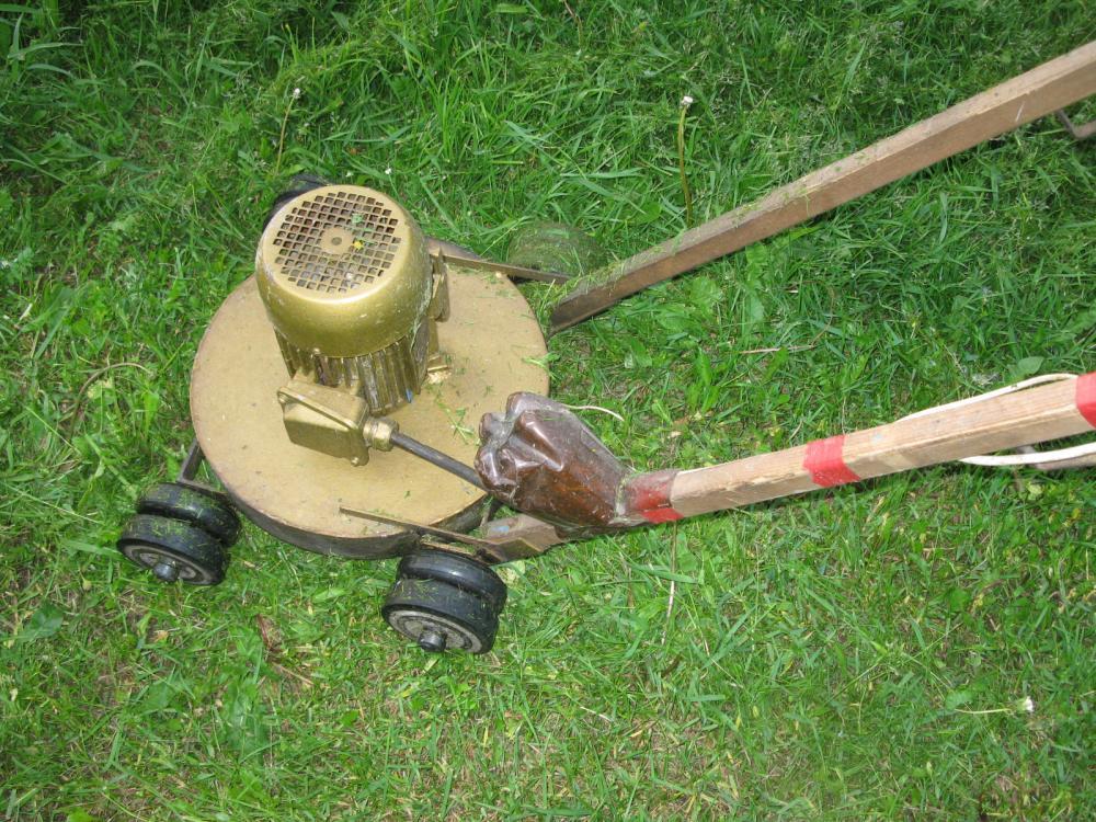 Как сделать газонокосилку своими руками из болгарки