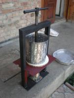 Пресс для отжима яблочного сока: PA0601603.JPG