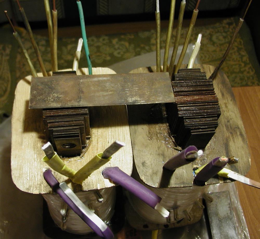 Понижающий трансформатор с 220 на 120 вольт своими руками 9