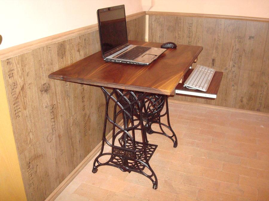 Как сделать стол под машинку 196