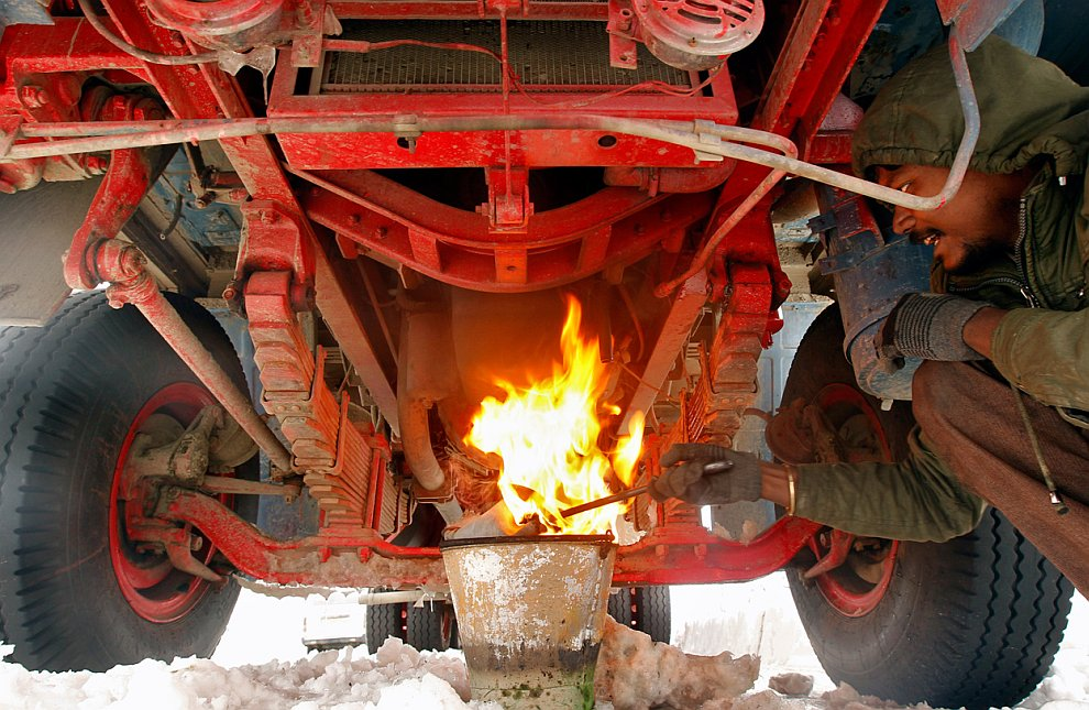 Как подогреть масло в двигателе зимой
